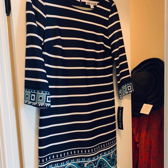 Dresses & Skirts - NWT Sweet navy & white dress